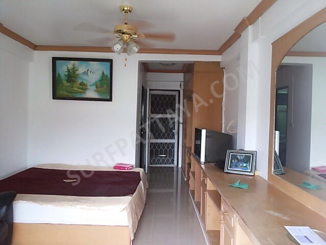 Nirun Condominium Pattaya Klang Studio Room For Rent In A